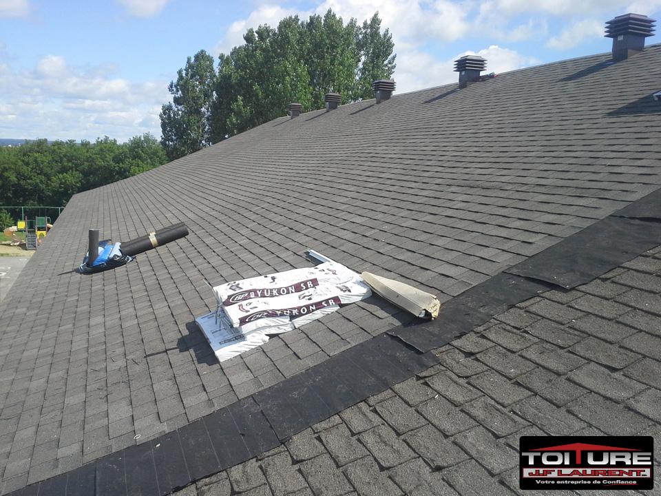Réfection de la toiture de l'école Emilie Caron